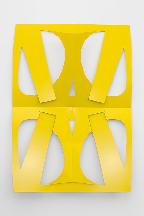 MK-S16-19_cutout_Large_Traffic_Yellow